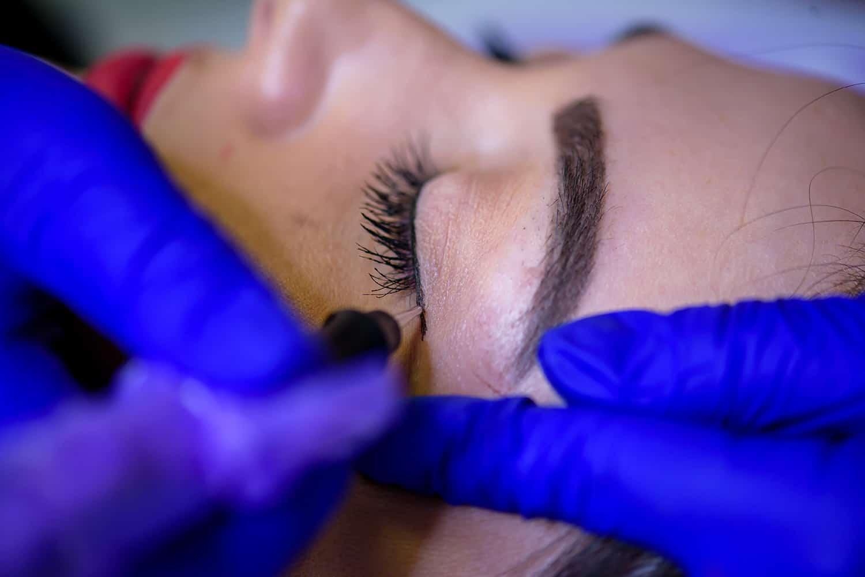 micropigmentare ochi constanta